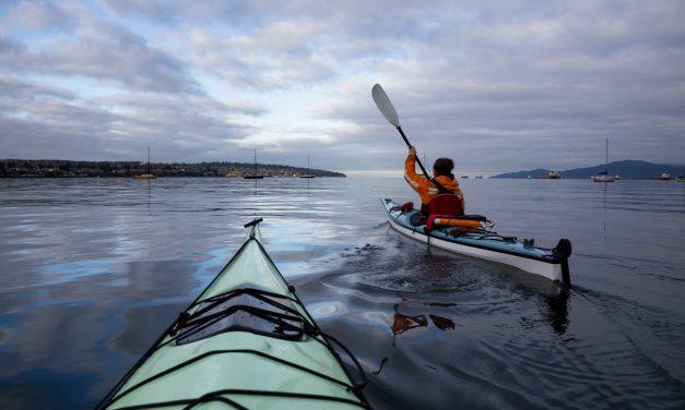 Outdoor Stand Up Paddling & Kayaking